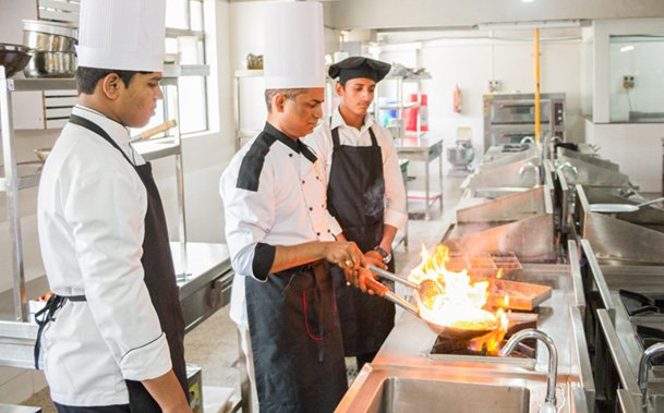 The Factors to Consider When Choosing a Chef