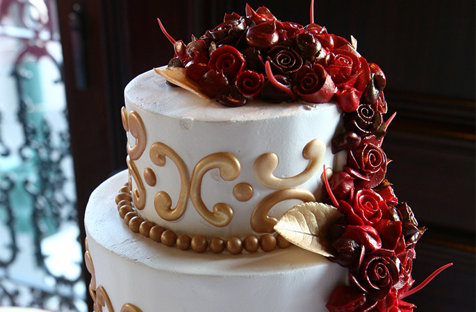 Innovative Custom Cakes for Everyday Occasions