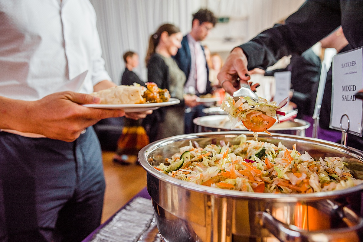 Pick the Right Wedding Caterer for You