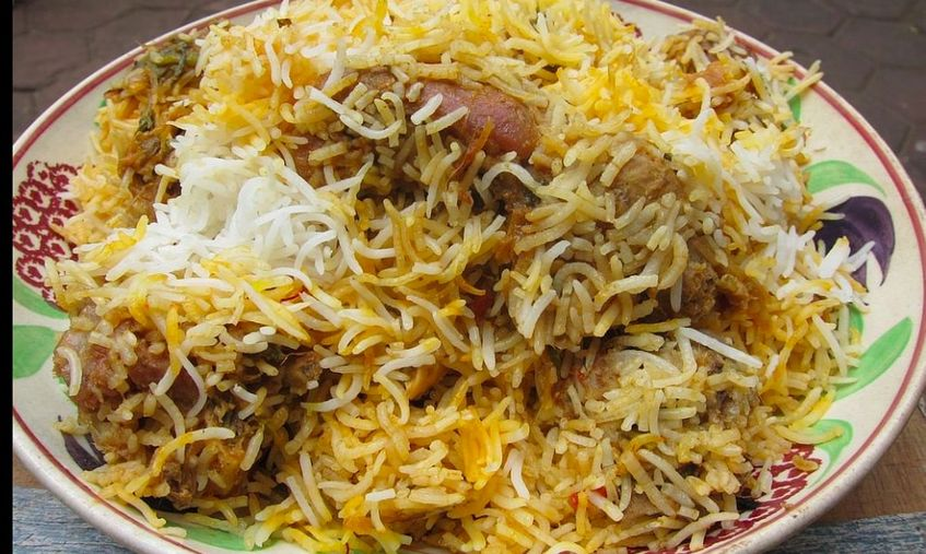 Indian Food At Its Best: Try A Flavorsome Biryani This Weekend!